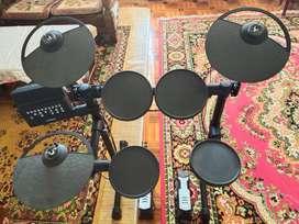 1 Set (Drum electric, ampli, dan bass)