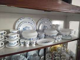 Original Blue onion, Arcopal Made in France Dinner set for 6 people