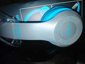 P47 bluetooth headphone 10/10 condition in cheap rate