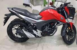 Honda CB Hornet 160R BS4 showroom condition