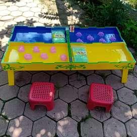 Satu set meja bermain pasir kinetik