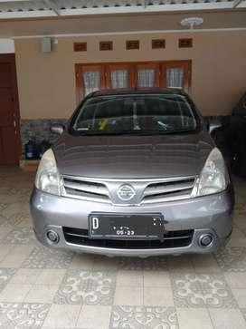 Nissan Grand Livina SV 2013