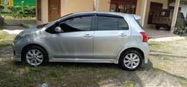 Toyota Yaris type e