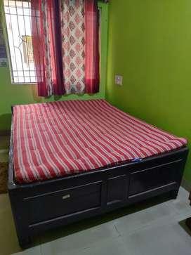 2 beds with 2 matress