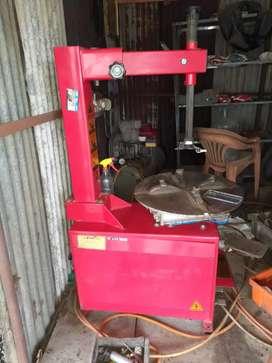 Used tyre change & air compressor machine