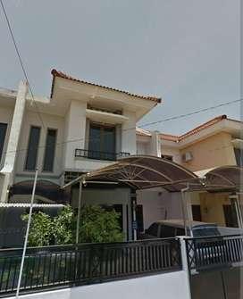 Dijual rumah di Puri Jimbaran regency rungkut,