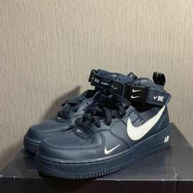 NIKE AIR FORCE 1 MID 07 LV 08 NAVY