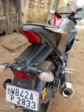 Yamaha R15 V3 red colour