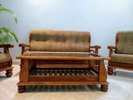 """Good conditioned """"5 seater sofa set"""""""