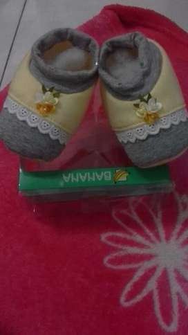 Sepatu babygirl