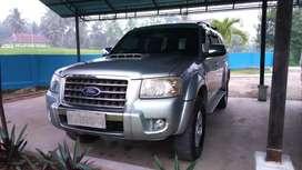 Ford Everest 2.5 L TDCI 4x4  Sehat Terawat