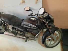A good condition Splendor Pro self start bike for sale