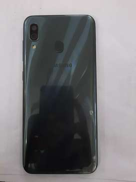 Samsung A30 Gray Colour 4 64 and 4000Mh battery