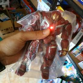 action figure hulkbuster end game