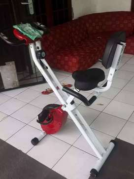 Sepeda statis fitness X bike magnetic TL 920 BN523