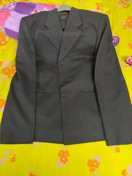 Raymond 2 piece suit