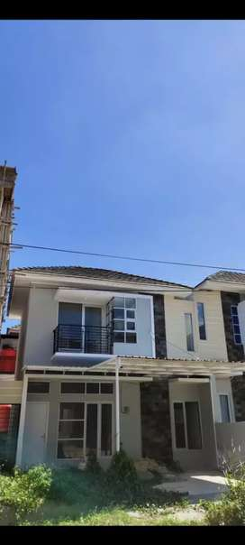 Rumah 2 lantai sudah renov, bpn regency