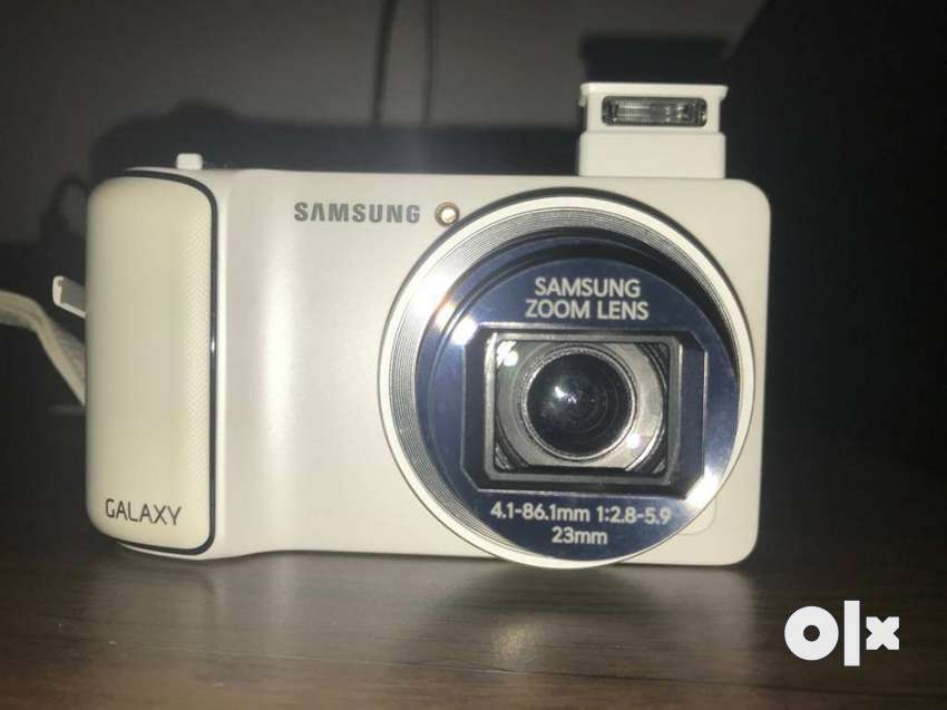 Samsung galaxy camera with Android OS.. WiFi and 0