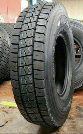 LVR Radial Truck Tyre 10.00/R20 For Sale