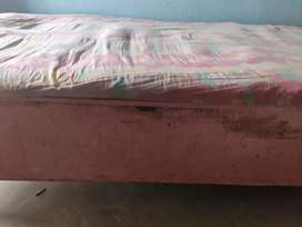 single bed with 2 cotton mattress