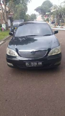 Toyota Camry 2400 A/T tahun 2002