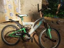 BSA Champ 2 shox bicycle