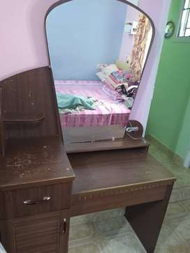 Dressing Table (old)