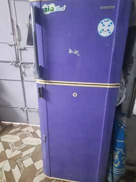 Samsung double door refrigerator 250ltr