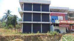 500 Sq.ft Commercial space for rent at Kallai.