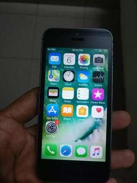 Apple iPhone 5s-16GB Black