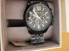 Sealed unused Micheal kors lexington black luxury analog watch