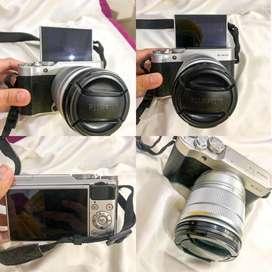 Camera mirroless Fujifilm XA10