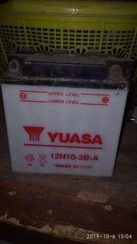 Baterai aki YUASA 12N10- 3B- A vespa, jenset kecil, motor roda 3