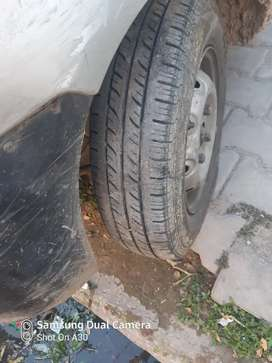Good condition new tyre new battery fullu ac