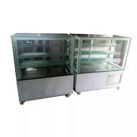 4 fit ice cake counter available