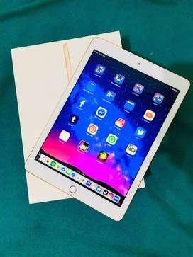 iPad 6th Generation 2018 Wi-Fi 128GB Rose Gold