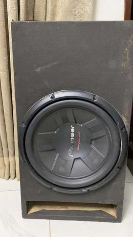 Pioneer woofer d4 and amplifier rockmars 4 channel