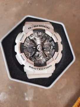 Casio G-Shock in white (Module no.5229 5518)