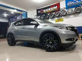 Velg hsr cilaca r20 h5 black on honda hrv
