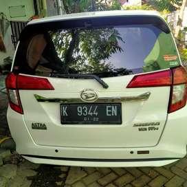 Dijual mobil Sigra Daihatsu 2016