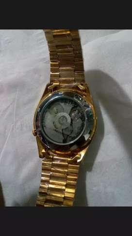 Di jual jam tangan mewah dan hidup semua