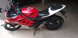 Yamaha r 15 v2.0,
