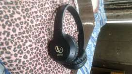 Infinity glide 510 headset ,1month old ,black color