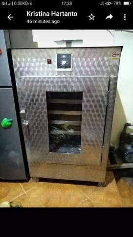 Oven pengering listrik 6 rak