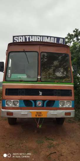 Mahindra navinstar, 2012 model all papers current running vehicle good