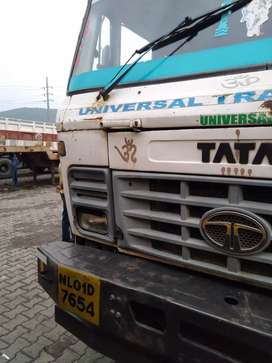 Tata4018 horse with tralior