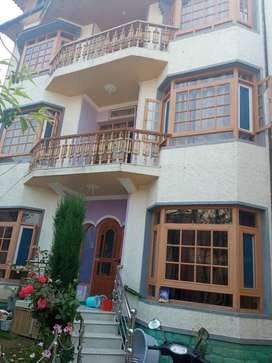 Newly constructed Excellent house at brein nishat lawda permitted hous