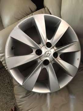 Hyundai verna 16 inch Alloy wheels