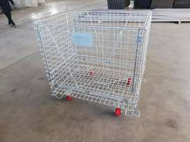 Loading trolley for warehouse mart store