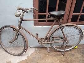 Sepeda ontel turun temurun masih bagus